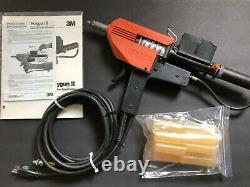3M Polygun 2 Electric/Air-Powered Hot Melt Glue Gun with 3M Glue Sticks, Manual