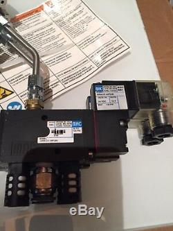 Graco Intertek InvisiPac GM100 Hot Melt Applicator Assembly. NEW! NICE