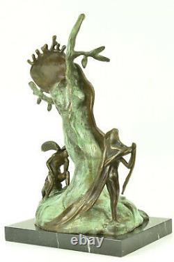 Andorre Salvador Dali Noblesse Du Temps Melting Clock Statue Hot Cast Sculpture
